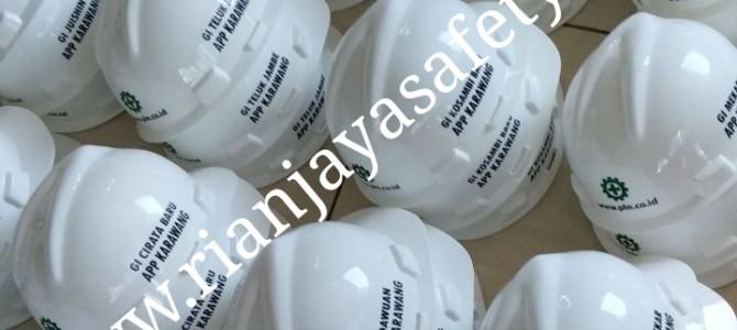 Terima cetak logo perusahaan pada helm safety / helm proyek di Medan